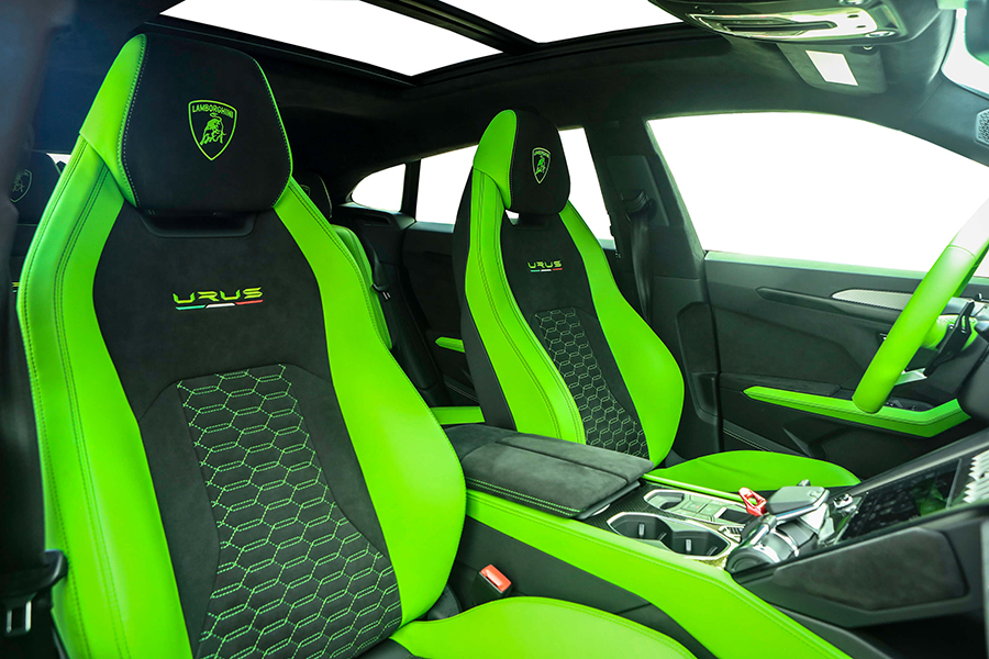 2020 Lamborghini Urus Green