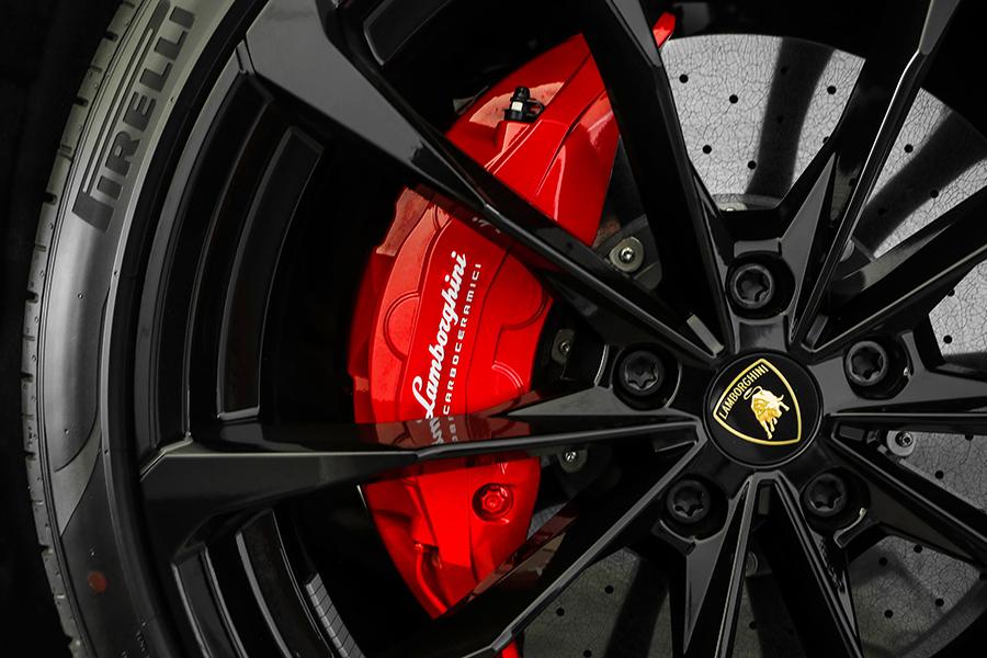 2021 Lamborghini Black Matte