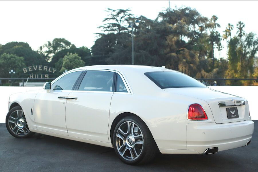 White Rolls Royce Ghost for rent